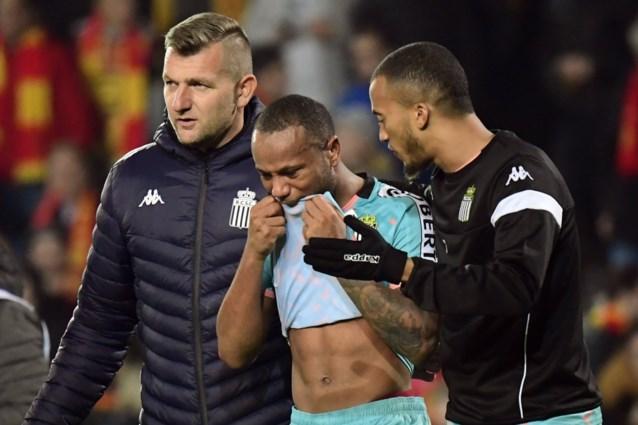 """KV Mechelen roept eigen fans op om """"racisme van enkelingen"""" niet te tolereren na incident met Charleroi-speler Ilaimaharitra"""