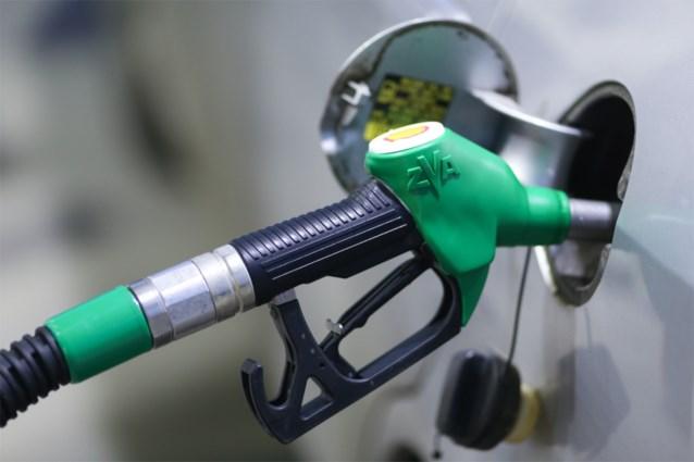 Benzine wordt dinsdag duurder