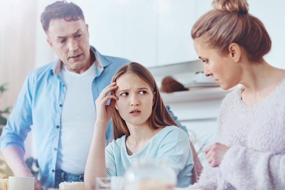"""Binnenkort snoert uw tiener u niet meer de mond met """"Whatever"""", maar met """"OK, boomer"""""""