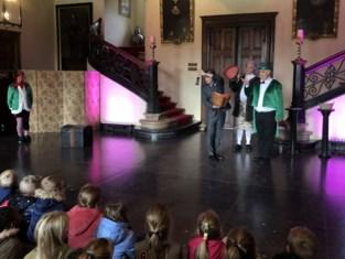 Leerlingen uit Heultje wonen voorvertoning van bijna uitverkochte 'Kerstmagie' bij
