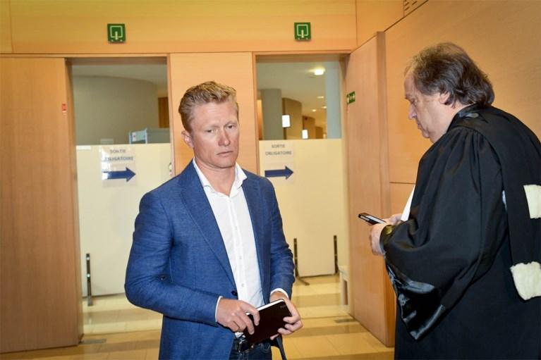 """Wielrenners Vinokourov en Kolobnev ondanks twee officiële bankoverschrijvingen niet naar cel voor """"herenakkoord"""" van 150.000 euro in Luik-Bastenaken-Luik"""