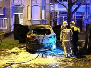 Wagen uitgebrand in Deurne, politie gaat uit van brandstichting