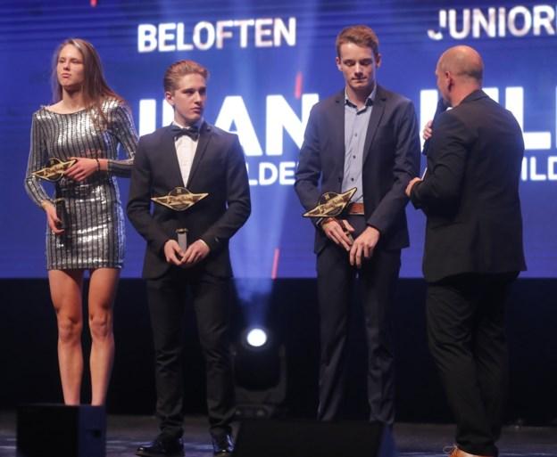 Wout van Aert klopt Remco Evenepoel met één punt en is Flandrien 2019, Sofie De Vuyst is Flandrienne