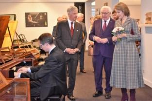 Filip en Mathilde stelen harten van pianomakers en Pittemnaren