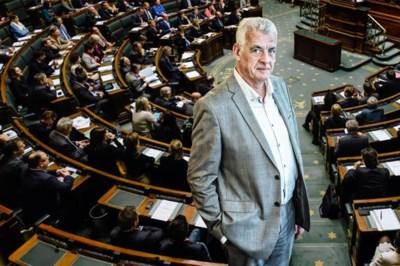 """Walter De Donder (CD&V) wil samenstelling parlement aanpakken: """"Er moeten meer laaggeschoolden in"""""""