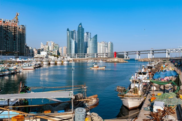 Zuid-Korea levert twee van moord verdachte vissers uit aan Noord-Korea
