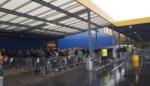 200 mensen schuiven aan voor Ikea-collectie van creatief directeur van Louis Vuitton