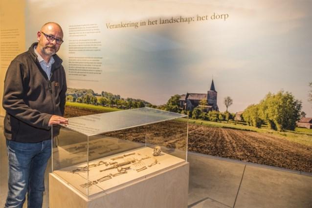 Skelet van aapje aangetroffen bij opgravingen in Sint-Lievens-Houtem