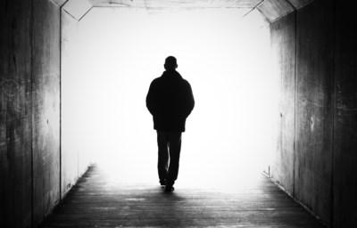 Experts zeer verontrust: forse daling aantal zelfdodingen behalve bij de generatie die maar geen hulp vraagt