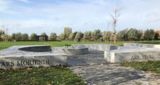 Meer dan een miljoen euro voor nieuwe en groene begraafplaatsen