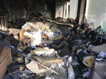 """Jong koppel verliest huis: """"Verhuisdozen waren nog niet allemaal uitgepakt"""""""
