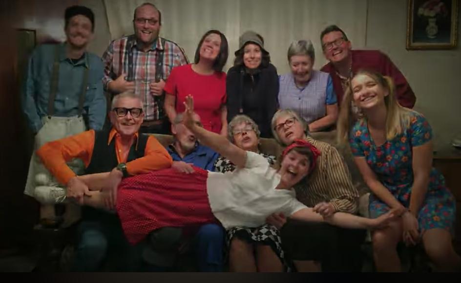 Trailer voor komende toneelproductie van BOK - Het Nieuwsblad