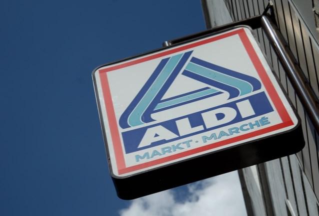 """Vrouw ergert zich aan """"probleem"""" van Aldi-supermarkten en oogst bijval van andere klanten"""
