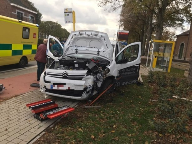 Wie maandag de weg op moet, is beter extra voorzichtig: opvallend meer ongevallen met dronken bestuurders op Wapenstilstand