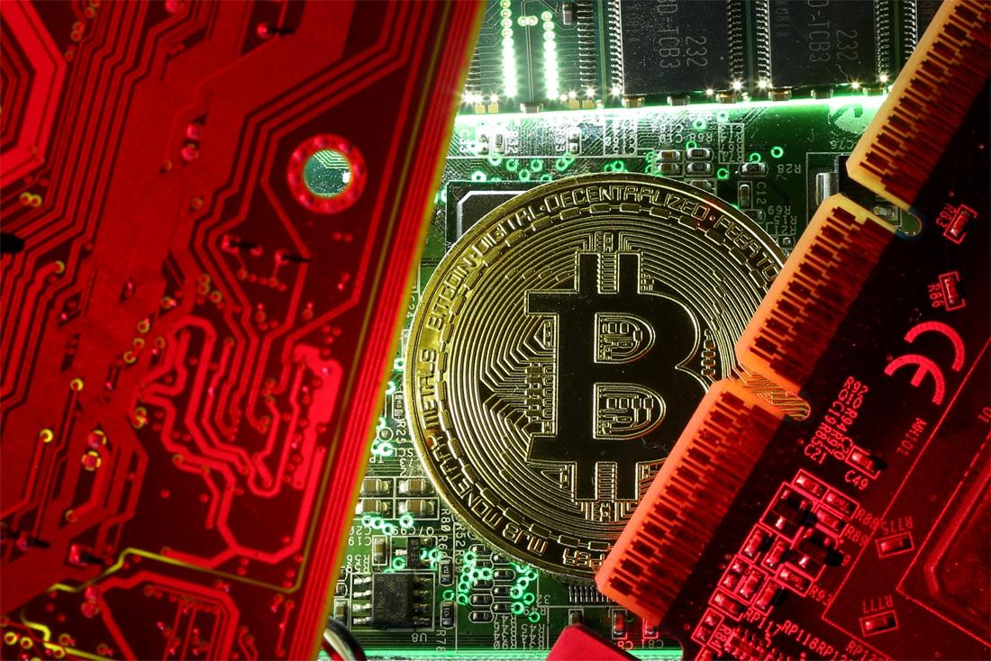 Man tapt maandelijks illegaal voor duizenden euro's stroom af om bitcoins aan te maken - Het Nieuwsblad