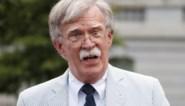 """Getuigt-ie of getuigt-ie niet? Advocaat van John Bolton zinspeelt op kennis van """"veel relevante details"""" over druk van president Trump op Oekraïne"""
