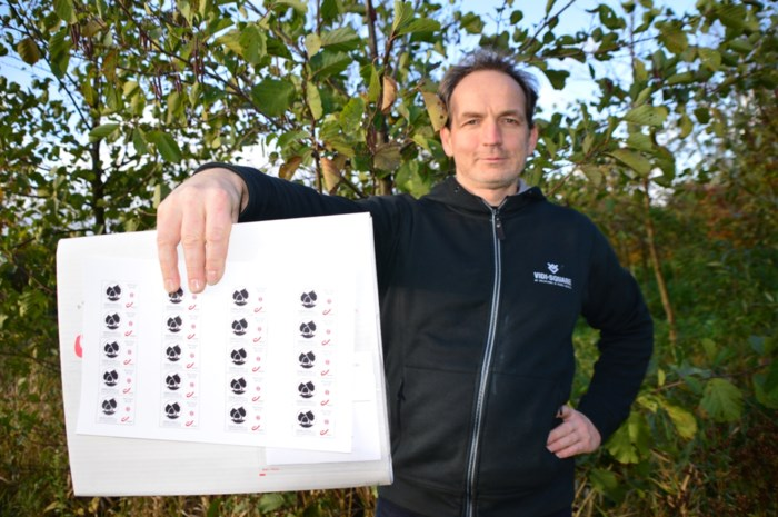 """Vzw verkoopt postzegels om met opbrengst lokaal bossen te planten: """"Lucht moet hier beter worden"""""""