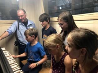 Jonge muzikanten aan de slag met Vredesbeiaard
