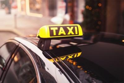Na aanranding van studente door valse taxibestuurder: hoe herken je een echte taxi?