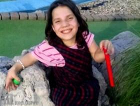 """Ouders lieten adoptiedochter (9) achter, omdat ze """"dertiger met dwerggroei is die ons wilde vermoorden"""": Natalia reageert voor het eerst"""