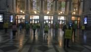 Extinction Rebellion voert stilte-actie in Centraal Station van Antwerpen