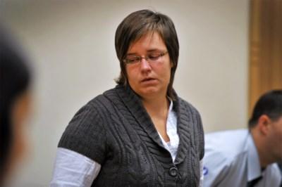 Els Clottemans wil gevangenis verlaten, maar dé vraag is: gaat ze de 'parachutemoord' bekennen?
