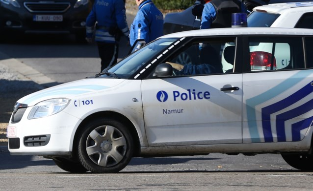 Man doodgeschoten terwijl hij samen met partner hond uitlaat in Flawinne, verdachte op de vlucht