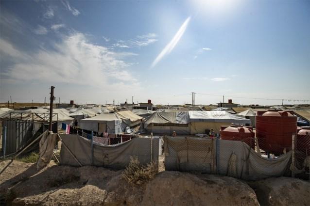 """""""We gaan jullie afslachten"""": klare taal in vluchtelingenkamp waar tienduizenden ISIS-vrouwen en -kinderen zitten"""