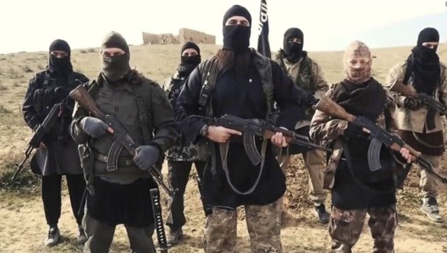 """Turkije start repatriëring van gevangengenomen ISIS-strijders: """"Ze zijn van u, doe ermee wat u wilt"""""""