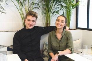"""Tekla (26) en Yolan (29) baten veganistisch restaurant uit en gaan nu ook hun baby vegan opvoeden: """"Perfect mogelijk"""""""