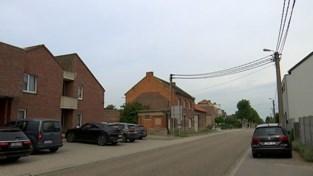 VIDEO. Extra politiecontroles aan asielcentrum in Dormaal na brandstichting in Bilzen
