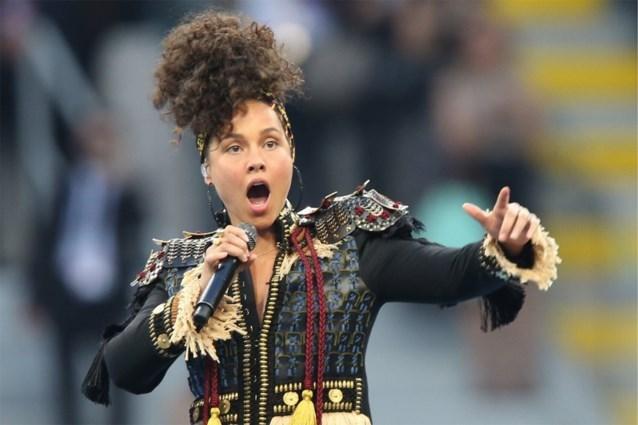 Alicia Keys deelt gefrustreerde boodschap nadat zoontje nagels laat lakken