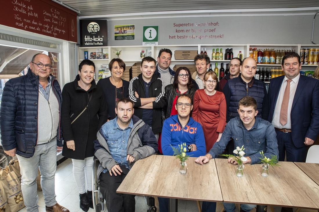 Dorp heeft voor het eerst in jaren weer buurtwinkel met Superette Capellehof - Het Nieuwsblad