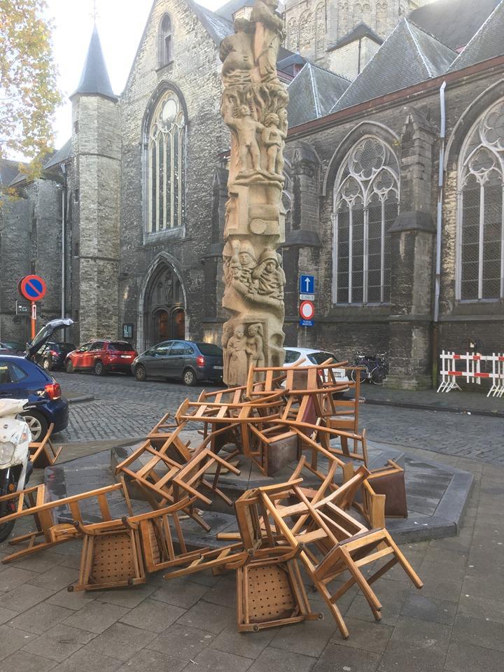 Mysterie van de kerkstoelen (klein beetje) ontrafeld (Gent) - Het Nieuwsblad