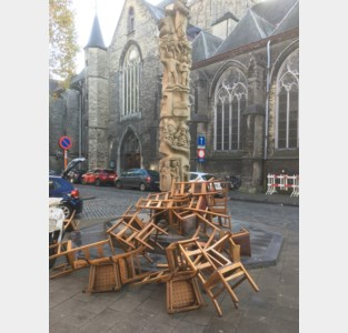Mysterie van de kerkstoelen (klein beetje) ontrafeld