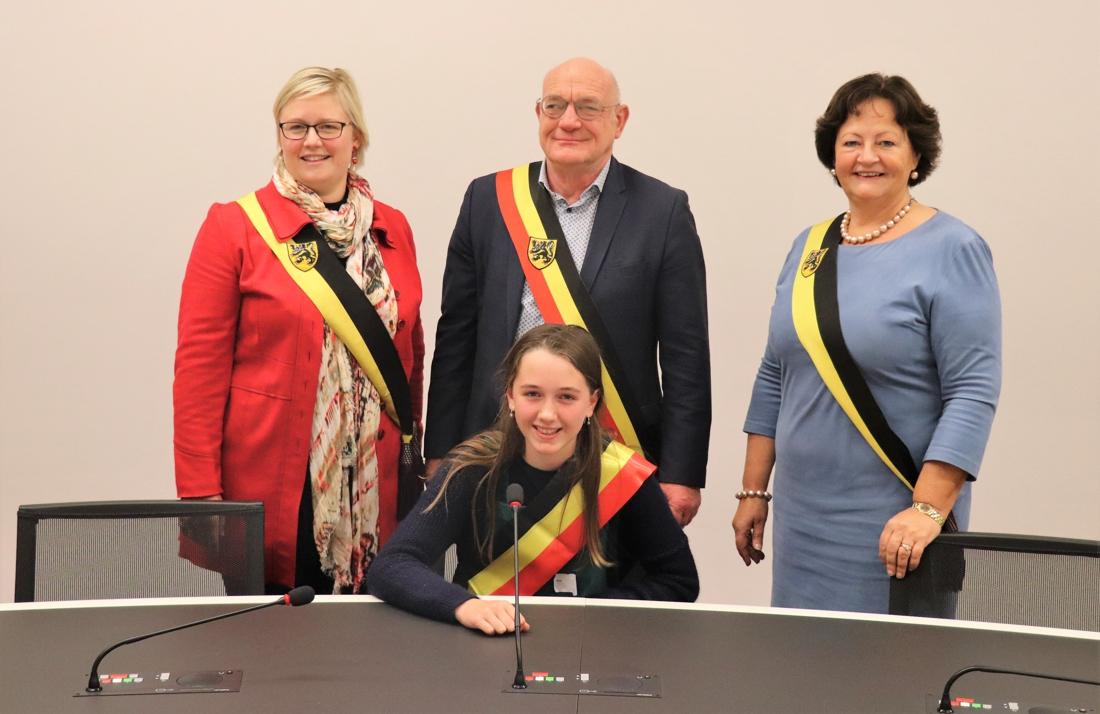 """Siebe is nieuwe kinderburgemeester van Zwevegem: """"We willen onze stempel drukken"""""""