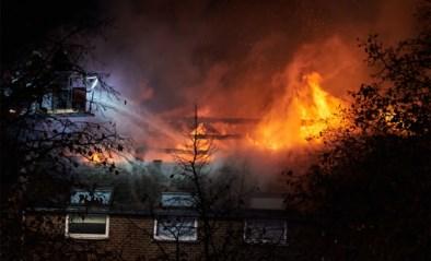 Brandstichting asielcentrum: parket opent onderzoek naar racistische reacties op sociale media