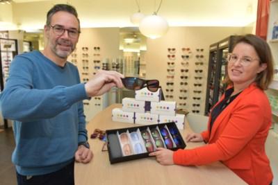 """Opticien laat kleurenblinden voor het eerst kleuren zien: """"Plots zag ik de stad in andere, échte, kleuren. Een nieuwe wereld ging voor me open"""""""