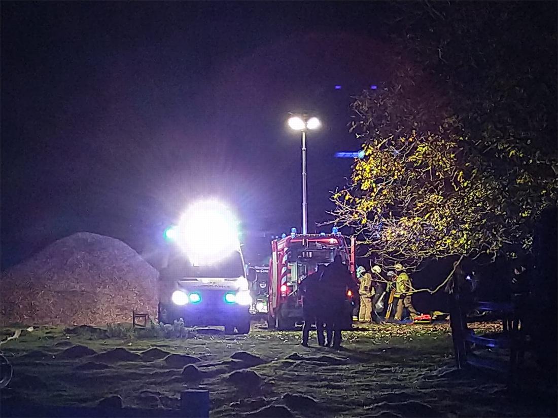 Man en vrouw zwaargewond bij ongeval met verhakselaar in Meulebeke - Het Nieuwsblad