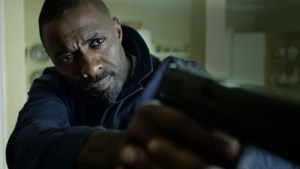 Idris Elba mag zich niet langer de meest sexy man ter wereld noemen: dit is zijn opvolger