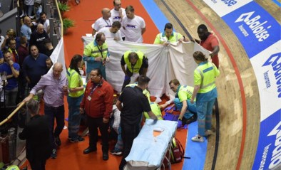 """Vader van Gerben Thijssen doet relaas na zware val op Gentse Zesdaagse: """"Je zoon zo zien liggen, dat wil je niet meemaken"""""""