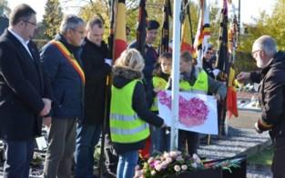 Schoolkinderen herdenken oorlogsslachtoffers in teken van Wapenstilstand