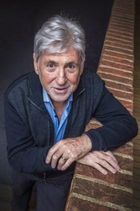 """Johny Voners openhartig over zijn strijd tegen kanker: """"Laat ik je iets verklappen: ik draag een pruik"""""""