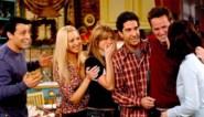 """Is het eindelijk zover? """"Cast en schrijvers zitten rond tafel voor 'Friends'-reünie"""""""