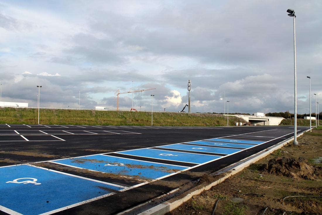 Vrachtwagens niet welkom op nieuwe carpoolparking zonder groen en daar is een goede reden voor