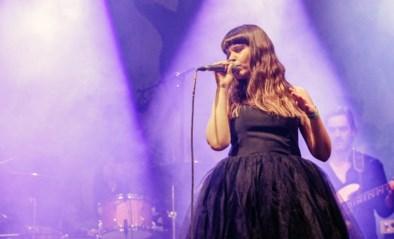 Vlaamse zangeres Lady Linn heeft geweldig nieuws: mama geworden van tweede zoontje