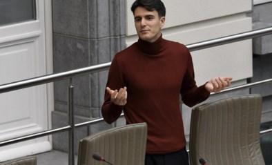 Blijft Conner Rousseau in Vlaams Parlement zetelen? Fractie vraagt uitzondering tegen eigen regel voor SP.A-voorzitter