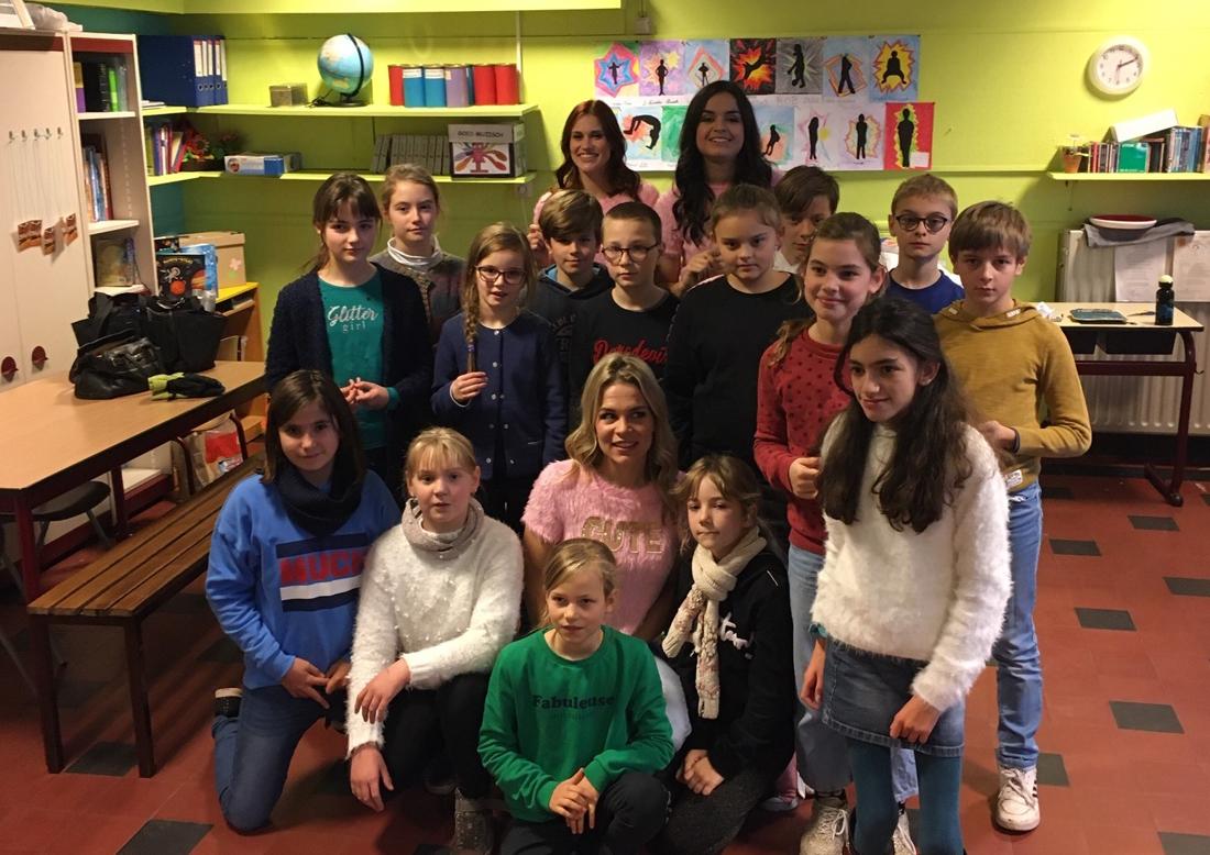 Hele school geniet mee wanneer K3-droom van Nyla in vervulling gaat - Het Nieuwsblad