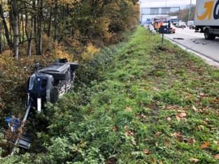 Bewogen ochtendspits op E40: drie ongevallen, drie gewonden