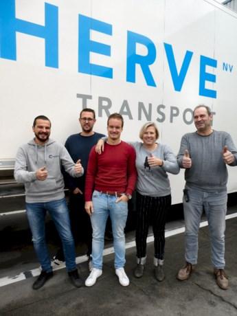 Transport Herve verkoopt pannenkoeken voor het goede doel